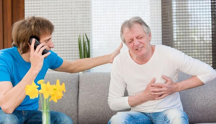 Penanganan Pertama Serangan Jantung Menurut Sehatq.com
