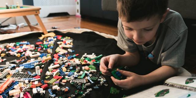 Daftar Permainan Anak Usia Dini yang Buat Si Kecil Makin Cerdas