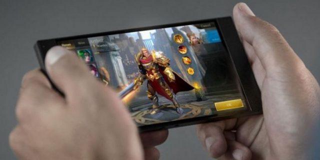 Harga dan Spesifikasi Razer Phone Smartphone Gaming
