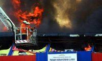 Misteri Wajah Orang di Kobaran Api Pasar Kebayoran Lama